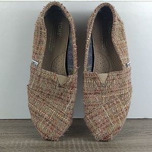 Tom's flats size 7 pink woven Tweed style